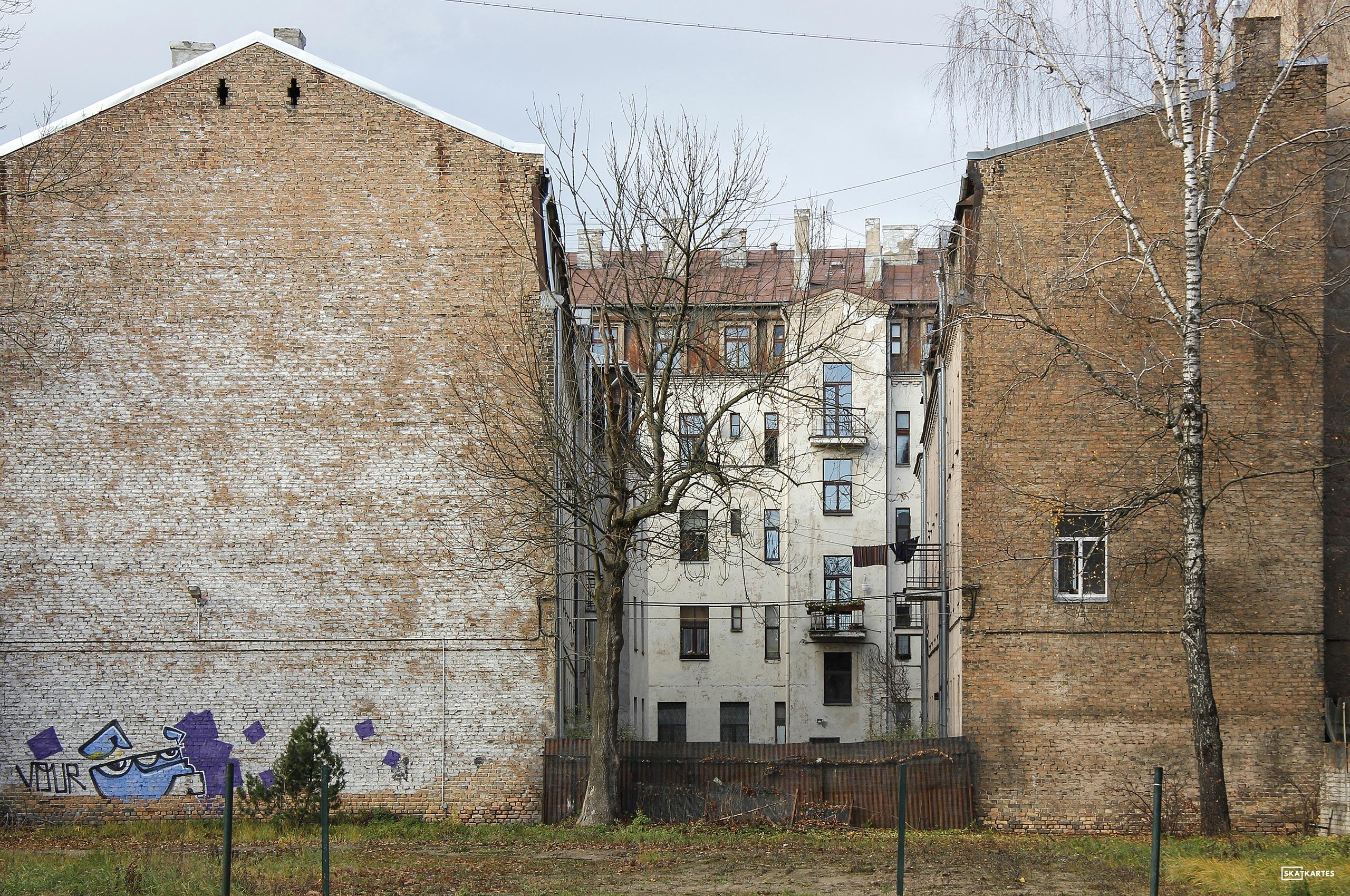 Skatkarte Nr. 1051-1 - Tērbatas iela, Rīga (2015. gada novembris).
