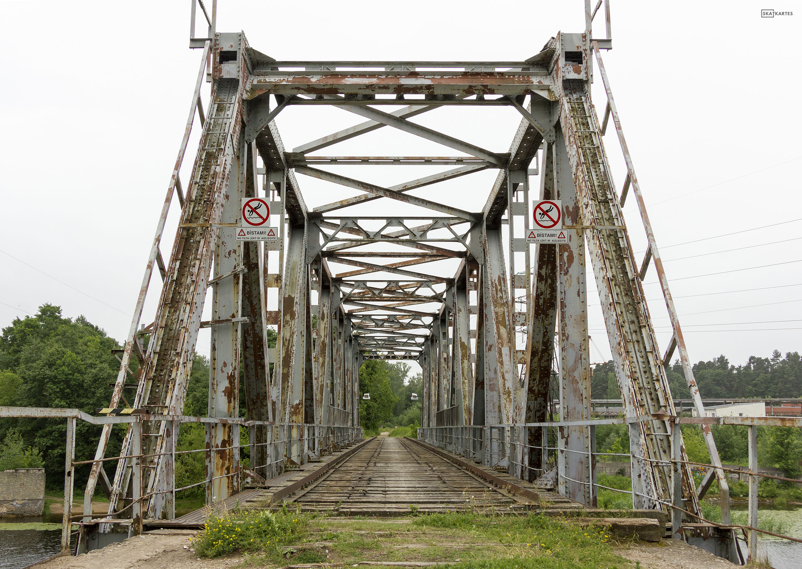 Skatkarte Nr. 1182 - Vecais, pamestais Juglas dzelzceļa tilts (2015. gada aprīlis).
