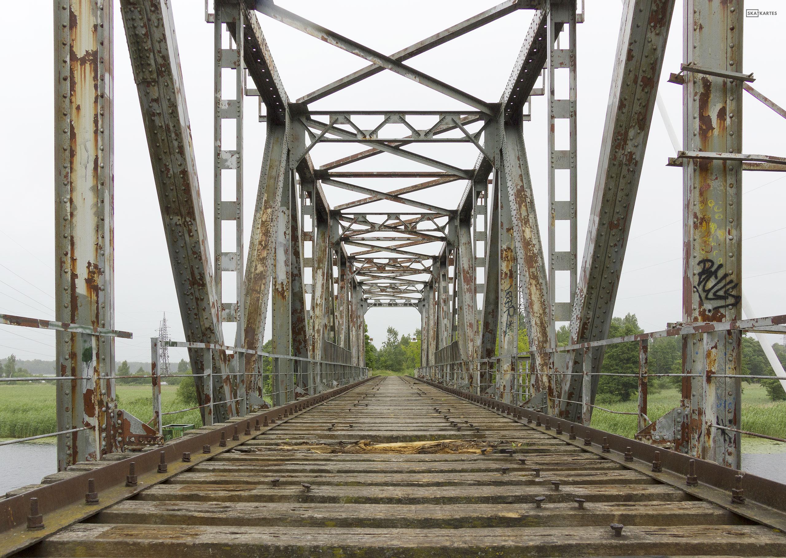 Skatkarte Nr. 1184 - Vecais, pamestais Juglas dzelzceļa tilts (2015. gada aprīlis).
